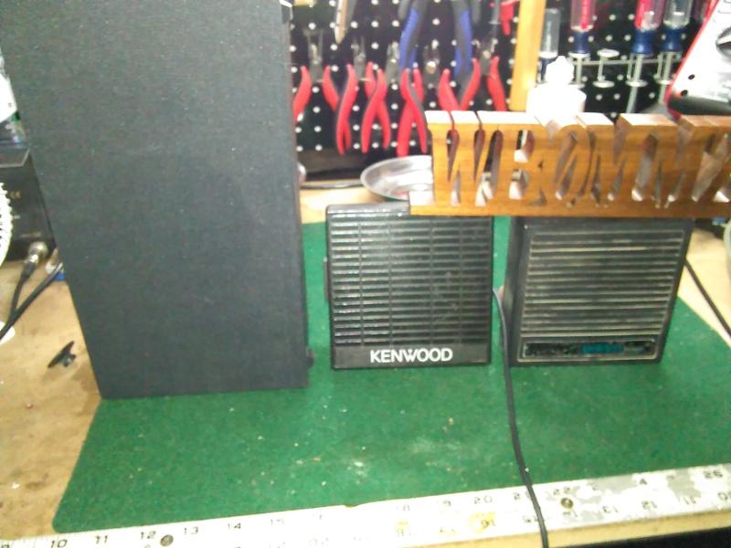eHam net Classifieds 3 Speakers and 1 Motorola Desk Mic