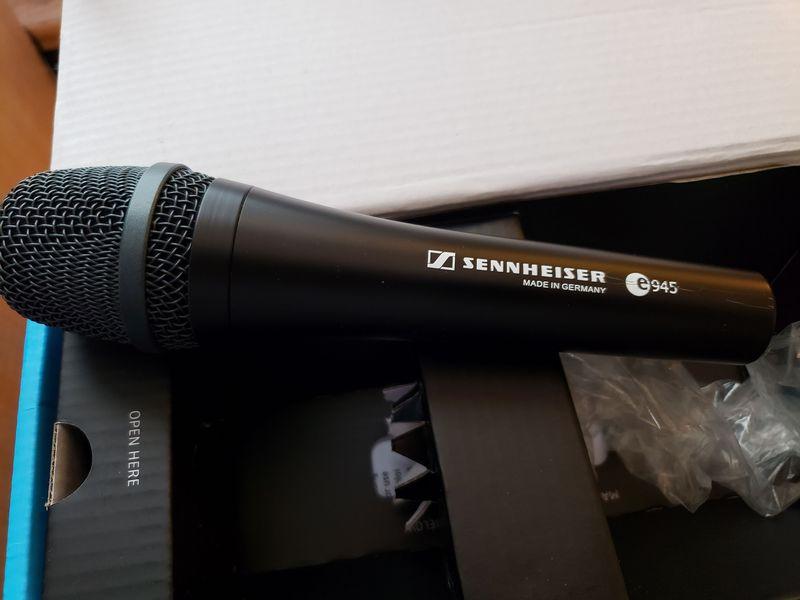 eHam net Classifieds Sennheiser E945
